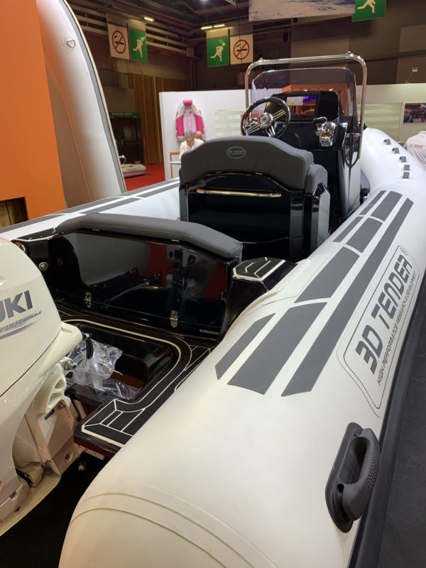 Nautique services La Rochelle - Vente de bateau à La Rochelle - 3D Tender Dream 6