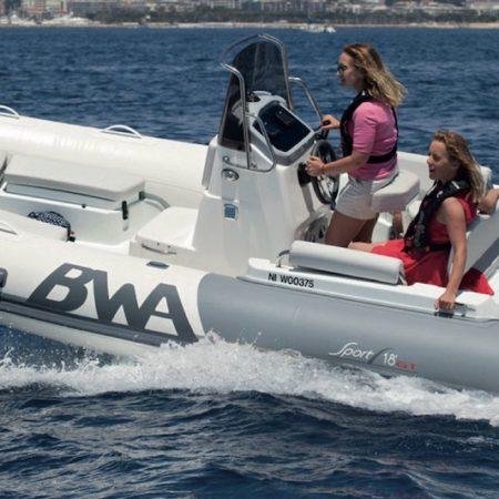 Nautique services La Rochelle - Vente de bateau à La Rochelle - BWA Sport 18 GT