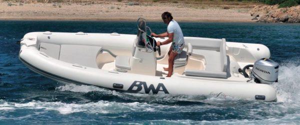 Nautique services La Rochelle - Vente de bateau à La Rochelle - BWA Sport 19 GT