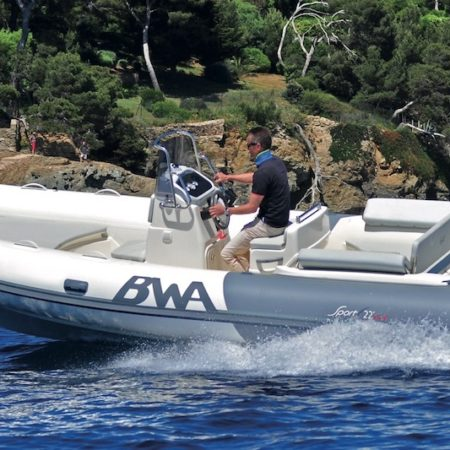 Nautique services La Rochelle - Vente de bateau à La Rochelle - BWA Sport 22 GT