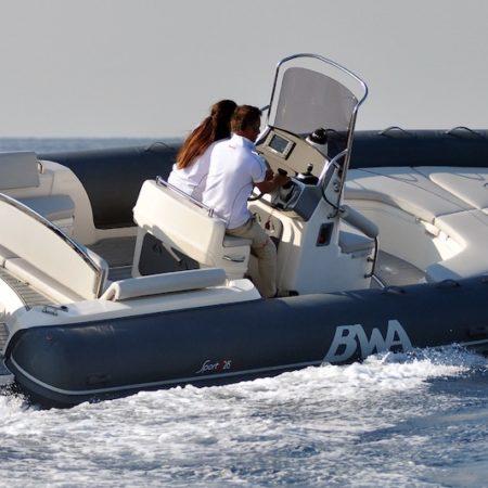 Nautique services La Rochelle - Vente de bateau à La Rochelle - BWA Sport 28 GT