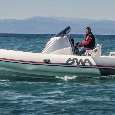 Nautique services La Rochelle - Vente de bateau à La Rochelle - BWA Sport 28 GTO C