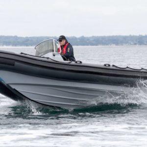 Nautique services La Rochelle - Vente de bateau à La Rochelle - 3D Tender Patrol 670