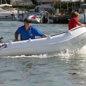Nautique services La Rochelle - Vente de bateau à La Rochelle - Whaly 270