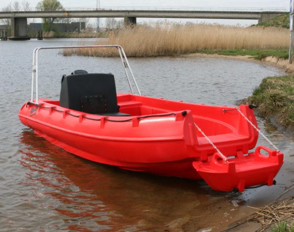 Nautique services La Rochelle - Vente de bateau à La Rochelle - Whaly 455R PRO
